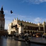Rynek w Krakowie [Kościół Mariacki i Sukiennice]