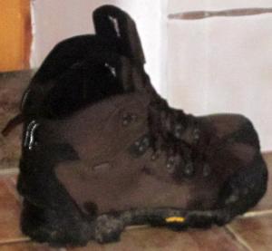 Buty trekkingowe HiMountain Kargil po wędrówce w deszczu
